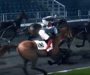 Les Bleus à cheval dans la dernière publicité du PMU