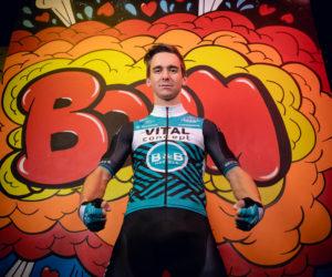 Cyclisme – «Vital Concept B&B Hotels» soigne le design et le lancement de son nouveau maillot 2019