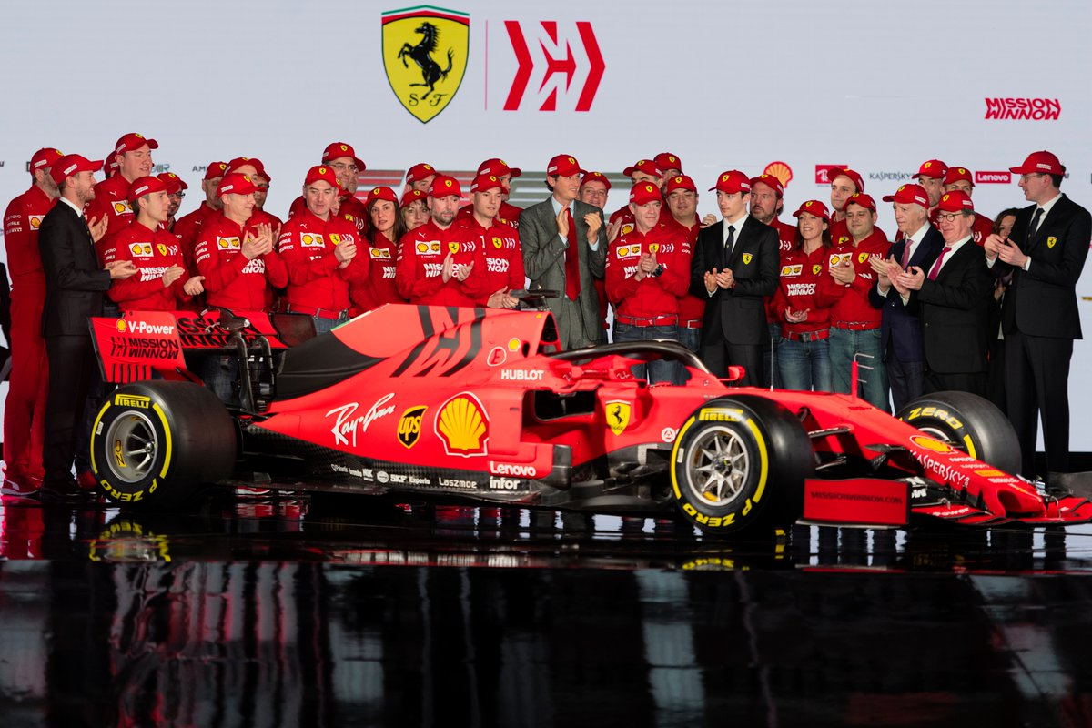 Sweat Capuche Tech Scuderia Ferrari F1 Team Mission Winnow formule un nouveau