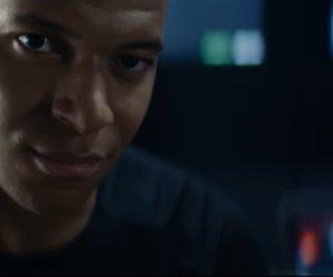 Les joueurs du PSG et Rai dans la dernière publicité de Renault pour la Mégane GT-Line («Il est cinq heures, Paris s'éveille» – Jacques Dutronc)
