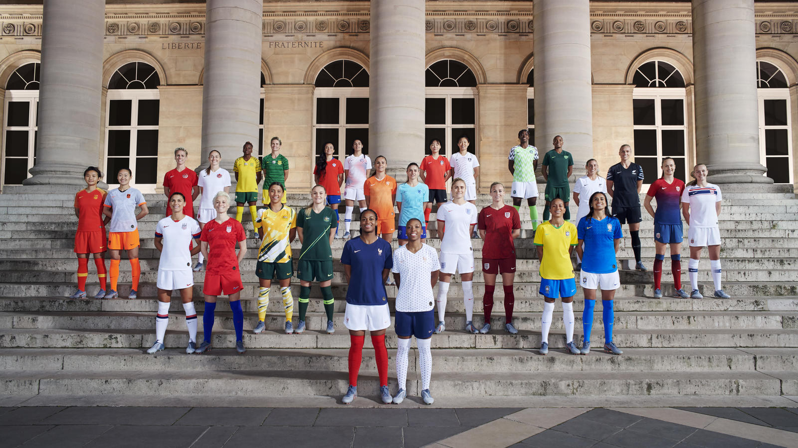 e2244c18c97da C'est le nombre de nations, sur 24, qu'équipera Nike lors de la Coupe du  Monde Féminine de Football 2019 organisée en France cet été.
