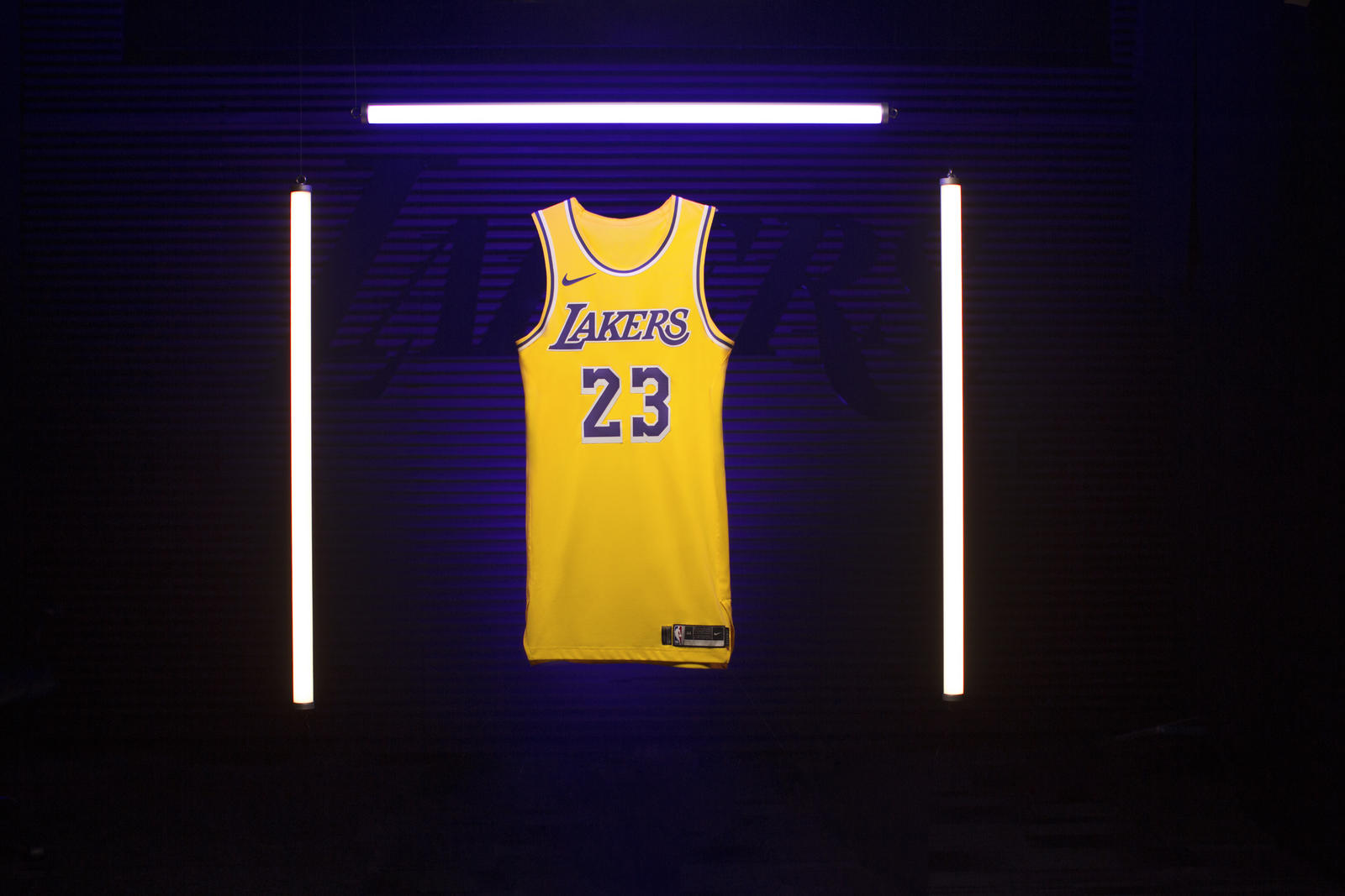 1bdfc68b7ff98 Top 15 des plus gros vendeurs de maillots NBA lors de la saison régulière  2018-2019 sur NBAStore.com