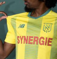 Le FC Nantes dévoile son nouveau logo et son nouveau maillot domicile pour 2019-2020