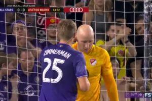 MLS – Des micros et oreillettes installés sur des joueurs pendant le All Star Game 2019