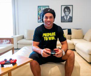 Ronaldinho nouvel ambassadeur de Scuf Gaming