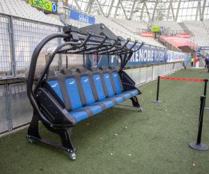 Le FC Grenoble Rugby installe un télésiège en bord pelouse et lance «FCG Esprit Montagne»