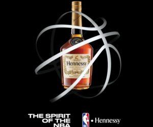 La rappeur NAS célèbre le nouveau partenariat signé entre Hennessy et la NBA