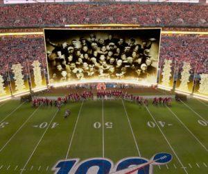 La NFL rend hommage aux 100 meilleurs joueurs dans une cérémonie en «réalité mixte» lors du Super Bowl