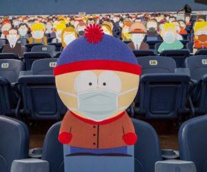 Best Practice – Les personnages de South Park, masqués, s'invitent dans le stade des Denver Broncos (NFL)