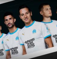Sponsoring – Uber Eats affiche le hashtag #SupportersDeNosRestossur le maillot de l'Olympique de Marseille