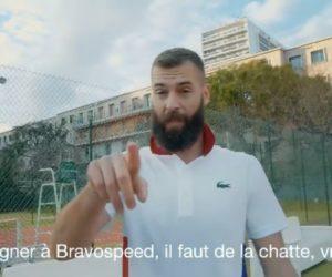 Tennis – La loterie en ligne Bravospeed met en scène Benoit Paire et sa signature vocale «La chaaaatte» dans une publicité