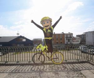 A quoi ressemble la nouvelle mascotte du Tour de France «Maxoo» ?