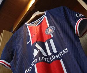 Le PSG et Nike gèlent le design du maillot domicile pour les 5 prochaines saisons, soit jusqu'en 2026