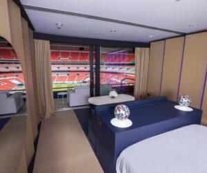 Fan Experience – Booking installe une chambre d'hôtel à Wembley pour la Finale de l'UEFA Euro 2020 Angleterre – Italie