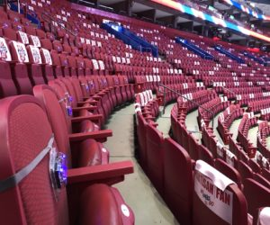 Fan Experience – La société PixMob illumine 5000 sièges vides des Canadiens de Montréal (NHL)